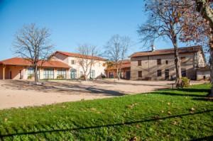 Cour Clos des Marronniers Satolas-et-Bonce