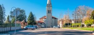 Place de l'église de Satolas-et-Bonce