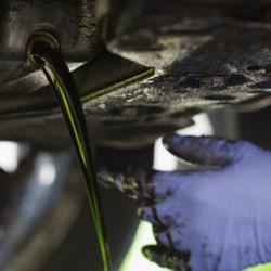 Déchèterie huile voiture Satolas-et-Bonce