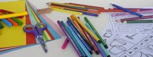 Crayons de couleur dessins école maternelle